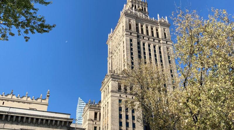 Pałac Kultury i Nauki – symbol znienawidzonej władzy czy znak rozpoznawczy?